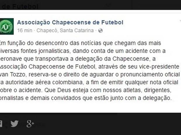 Chapecoense informa que espera notícias oficiais das autoridades colombianas (Foto: Reprodução / Twitter / Chapecoense )