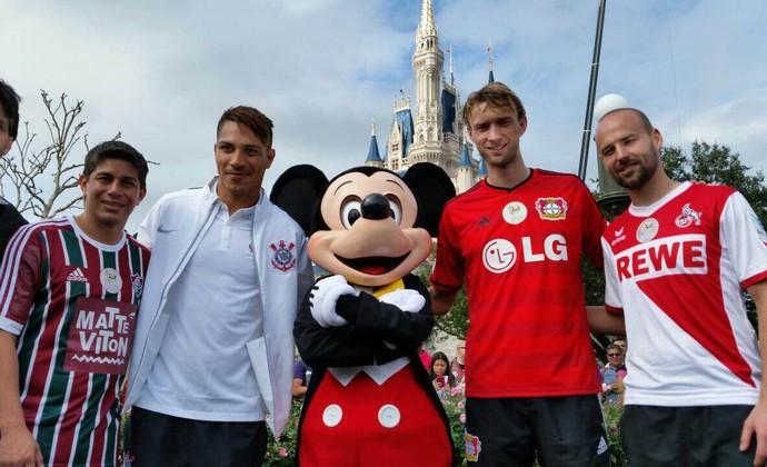 Guerrero Conca Disney Corinthians (Foto: Diego Ribeiro)