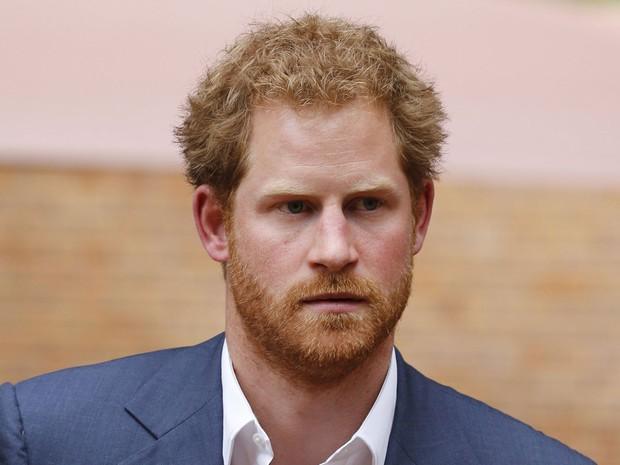 Plano visava beneficiar príncipe Harry, que também é ruivo (Foto: Reuters/Siphiwe Sibeko)