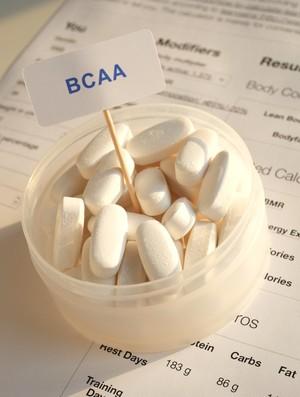 Suplementação com BCAAs podem acarretar riscos cardiovasculares (Foto: iStock Photo)