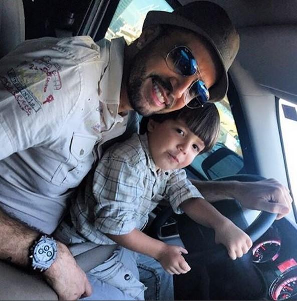 Latino e o filho Bernardo, de 3 anos (Foto: Reproduo/Instagram)