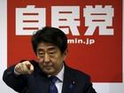 Premiê do Japão diz que economia não está mais em deflação
