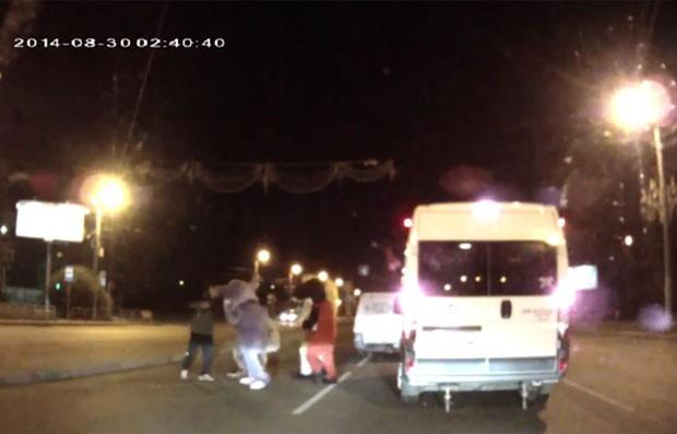 Incidente ocorreu na cidade de Cheliabinsk (Foto: Reprodução/YouTube/EGoZa AS)