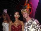 Ariadna usa vestido italiano avaliado em R$ 12 mil em baile de carnaval