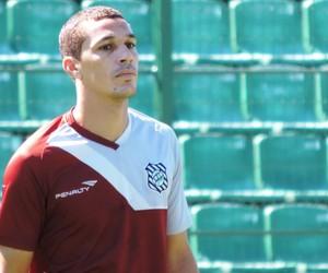 Wesley Figueirense (Foto: Marcelo Silva)