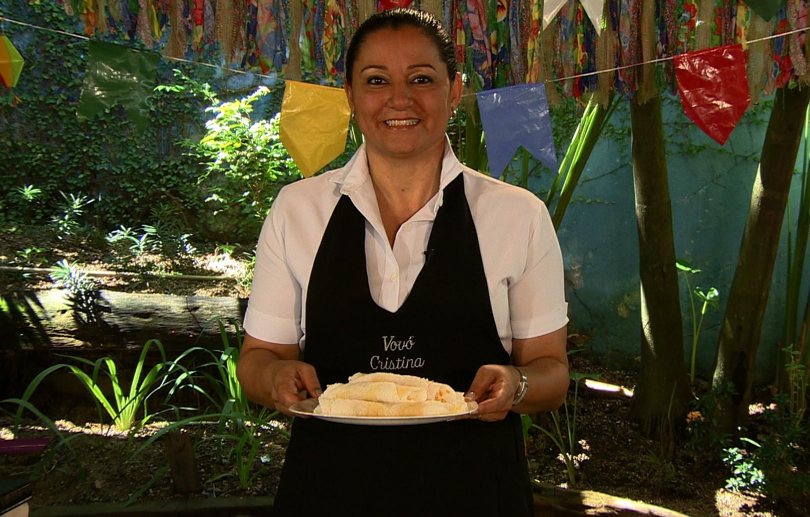 Vovó Cristina ensina como preparar uma deliciosa tapioca com castanha com queijo coalho  (Foto: Rede Amazônica/AVG)