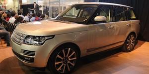 Ao G1, designer do Range Rover Vogue confirma versão híbrida (Raul Zito/G1)