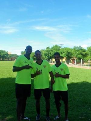 Jogadores do Usac no campo de treino em Santa Cruz de la Sierra (Foto: Sergio Marcelo Pereira / Divulgação)