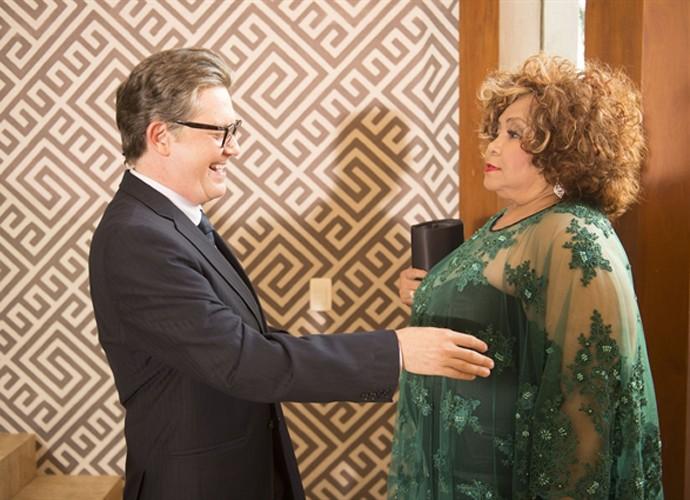 Alcione faz participação especial em 'Mister Brau' (Foto: Renato Rocha Miranda / TV Globo)