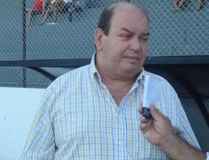 Ednilton Lins, dirigente de futebol do CRB (Foto: Caio Lorena / Globoesporte.com)