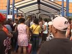 Procura por cursos gratuitos do Senac faz fila dobrar quarteirão