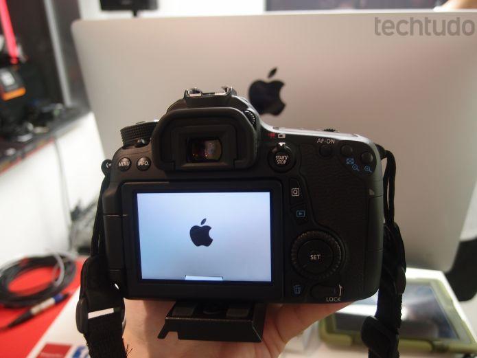 EOS 70D, da Canon, tem foco cruzado com 19 pontos (Foto: Pedro Zambarda/TechTudo)