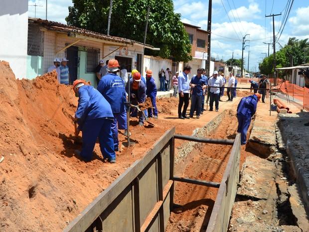 Caern realiza obras de saneamento em 13 bairros de Natal (Foto: Governo do RN/Divulgação)