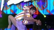 Reveja alguns números de forró do 'Dança' e aprenda a dançar coladinho com estilo