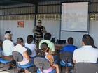 PRF une cinema e fiscalização para conscientizar motoristas nas rodovias