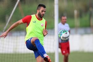 Ronaldo Alves Náutico (Foto: Marlon Costa/ Pernmbuco Press)