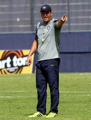 Roberto Fernandes técnico do Remo (Foto: Akira Onuma/O Liberal)