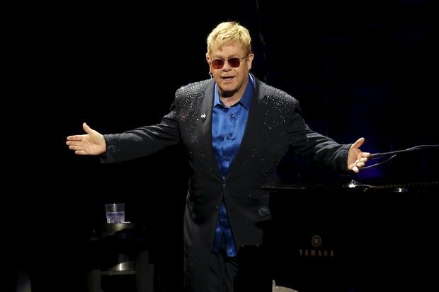 Elton John em show em Nova York, nos Estados Unidos (Foto: Mike Segar/ Reuters)