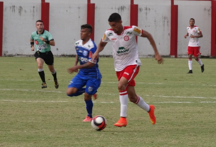 Daniel Amorim Tombense x URT Campeonato Mineiro  (Foto: Bruno Ribeiro)