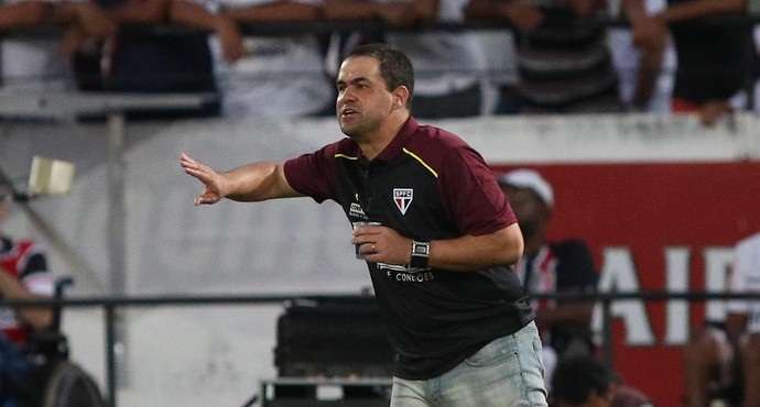 André Jardine São Paulo (Foto: Rubens Chiri - site oficial do São Paulo FC)