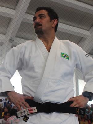 Técnico Expedito Falcão na abertura da Copa Ajef no Ginásio do Sesc Ilhotas (Foto: Emanuele Madeira/GLOBOESPORTE.COM)
