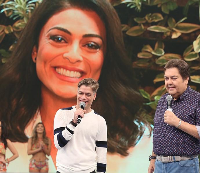 Juliana Paes prestou homenagem ao colega de 'Totalmente' (Foto: Carol Caminha/Gshow)