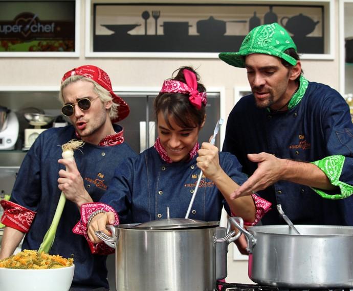 Fiuk, Miá Mello e Gibá entraram no clima (Foto: Carolina Morgado/Gshow)