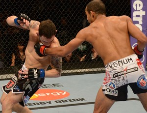 UFC 156 Jose Aldo e Frankie Edgar (Foto: Agência Getty Images)
