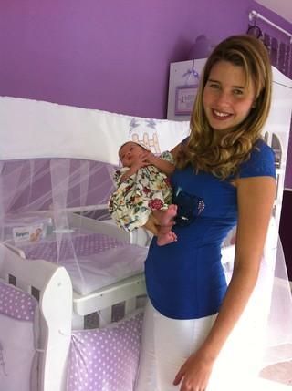 Debby Lagranha com a filha (Foto: Arquivo Pessoal)
