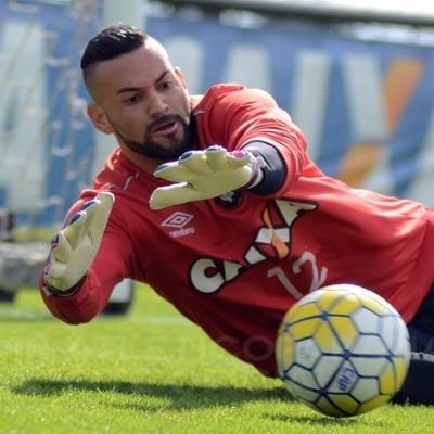 weverton goleiro atletico-pr (Foto: Gustavo Oliveria/Atlético-PR)