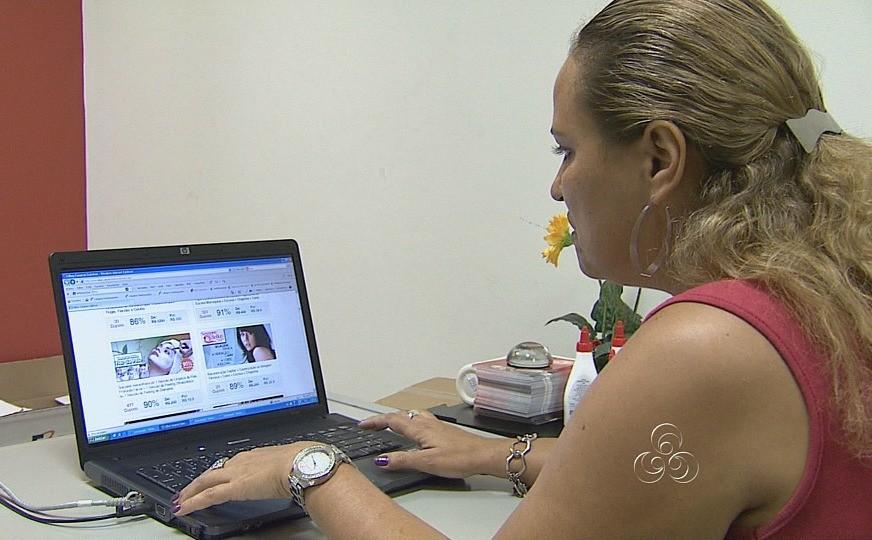 Comprar por lojas na internet é uma das sugestões (Foto: Amazônia TV)