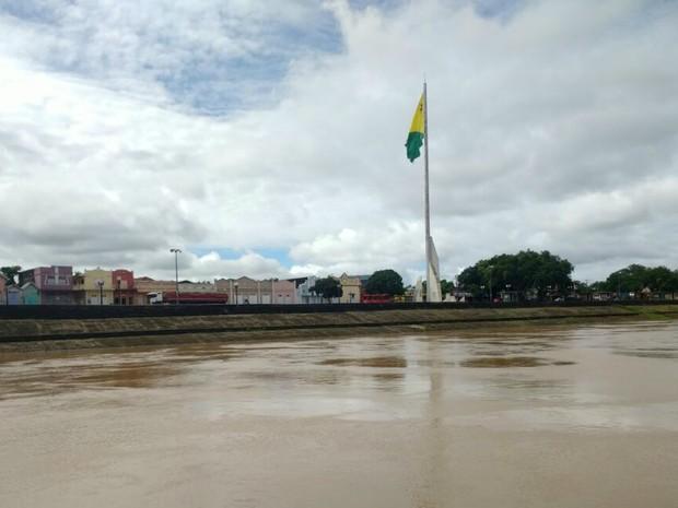 Com chuvas, Rio Acre em Rio Branco marcou 10,65 metros nesta segunda (30) (Foto: Quésia Melo/G1 Acre)
