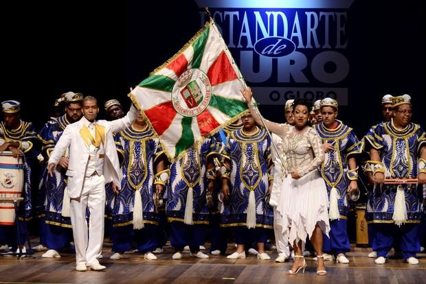 Porta bandeira da Grande Rio (Foto: Roberto Teixeira/ EGO)