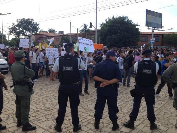 Policiamento acompanha protesto; não foram registradas ocorrências (Foto: Ericsson Coriolano/Arquivo pessoal)