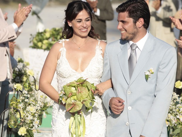 Muita emoção ao fim do casamento! (Foto: Vila dos Ventos / Flor do Caribe)