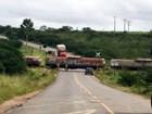 Trem descarrila e bloqueia pistas em Castro Alves, na Bahia; veja foto