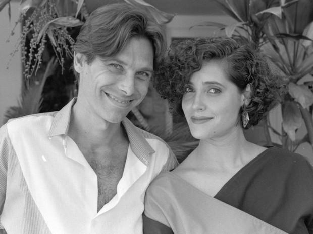 Eduardo Tornaghi em cena com Christiane Torloni em