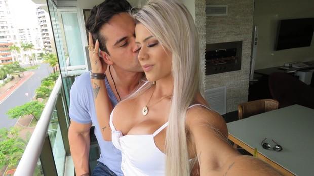 Janaina Santucci e Leonardo Mendes: noivos (Foto: Reprodução/Arquivo Pessoal)