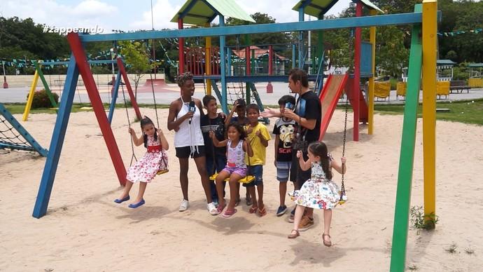 Brincadeiras de criança é o que não vai faltar no Zappeando deste sábado (8) (Foto: Zappeando)