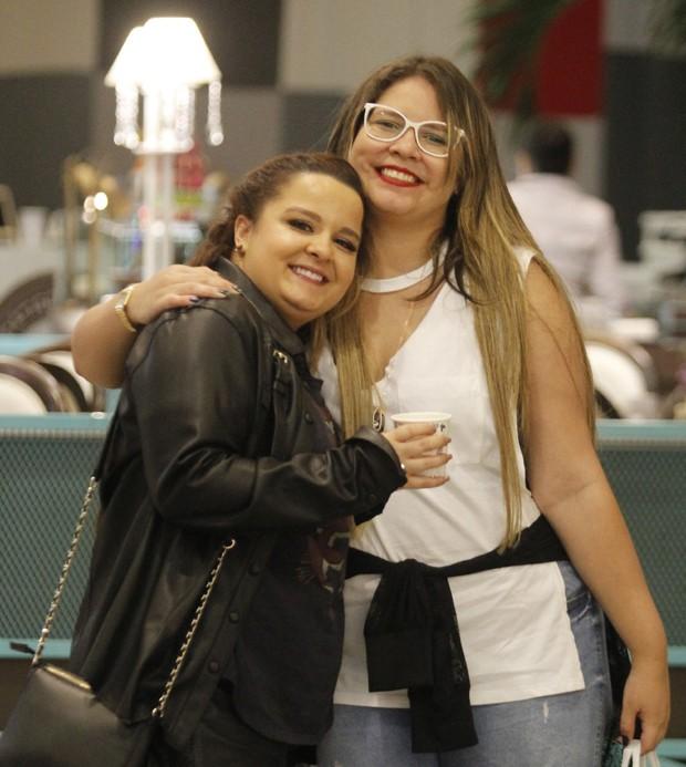 Maiara, da dupla com Maraísa, e Marília Mendonça (Foto: AgNews)