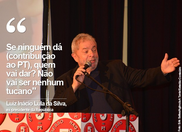 Lula participa do segundo dia de Congresso Nacional do PT, em Salvador (Foto: ERIK SALLES /AGÊNCIA A TARDE/ESTADÃO CONTEÚDO)
