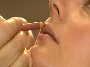 Lápis demarca a boca (Foto: Reprodução/RBS TV)