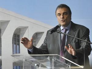 O ministro da Justiça, José Eduardo Cardozo, apresentou pesquisa sobre segurnaça pública nesta terça-feira (19), em Brasília (Foto: Antonio Cruz/ABr)