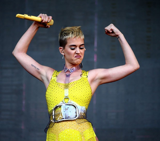 Katy: braços torneados (Foto: Getty Images)