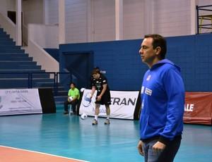 Marcelo Paulinetti técnico Atibaia (Foto: Filipe Rodrigues)