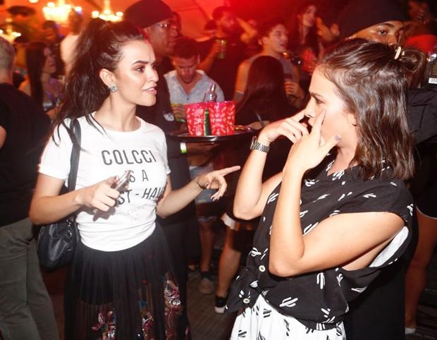 Talita Younan e Laryssa Ayres no Festival Virada (Foto: Ricardo Cardoso/QUEM)