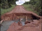 Chuva interrompe a colheita e deixa estradas em condições ruins em MT