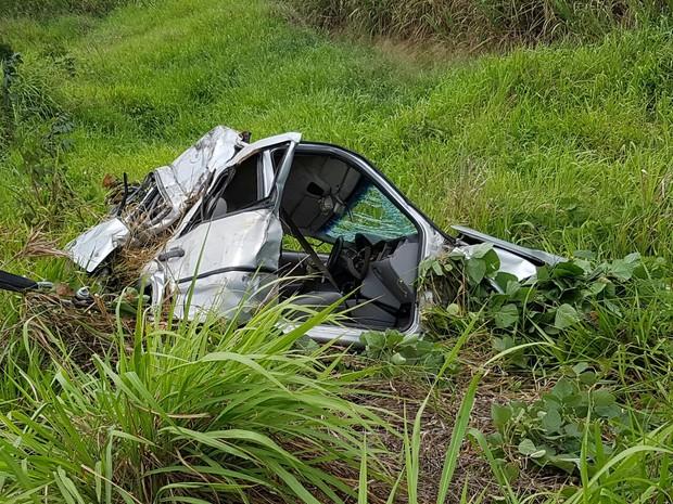 O acidente aconteceub na BR-232, em Moreno (Foto: Ascom PRF/PE)