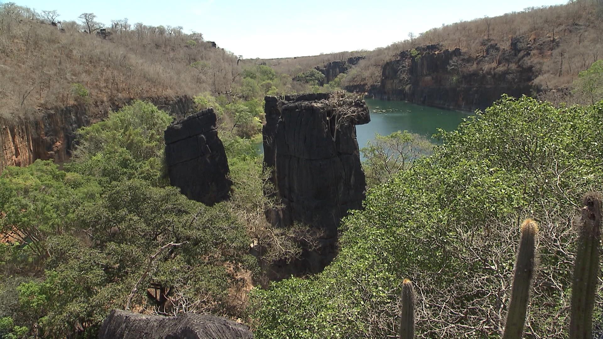 'Pé na Pista' faz uma trilha até a Lagoa Azul (Foto: Divulgação)
