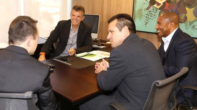 Primeira convocação de nova era Dunga será em 19 de agosto